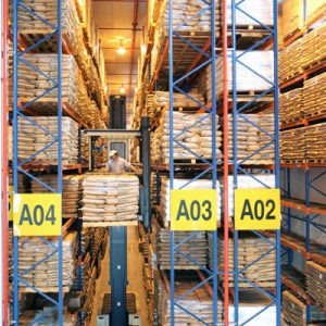 very-narrow-aisle-pallet-racking-03