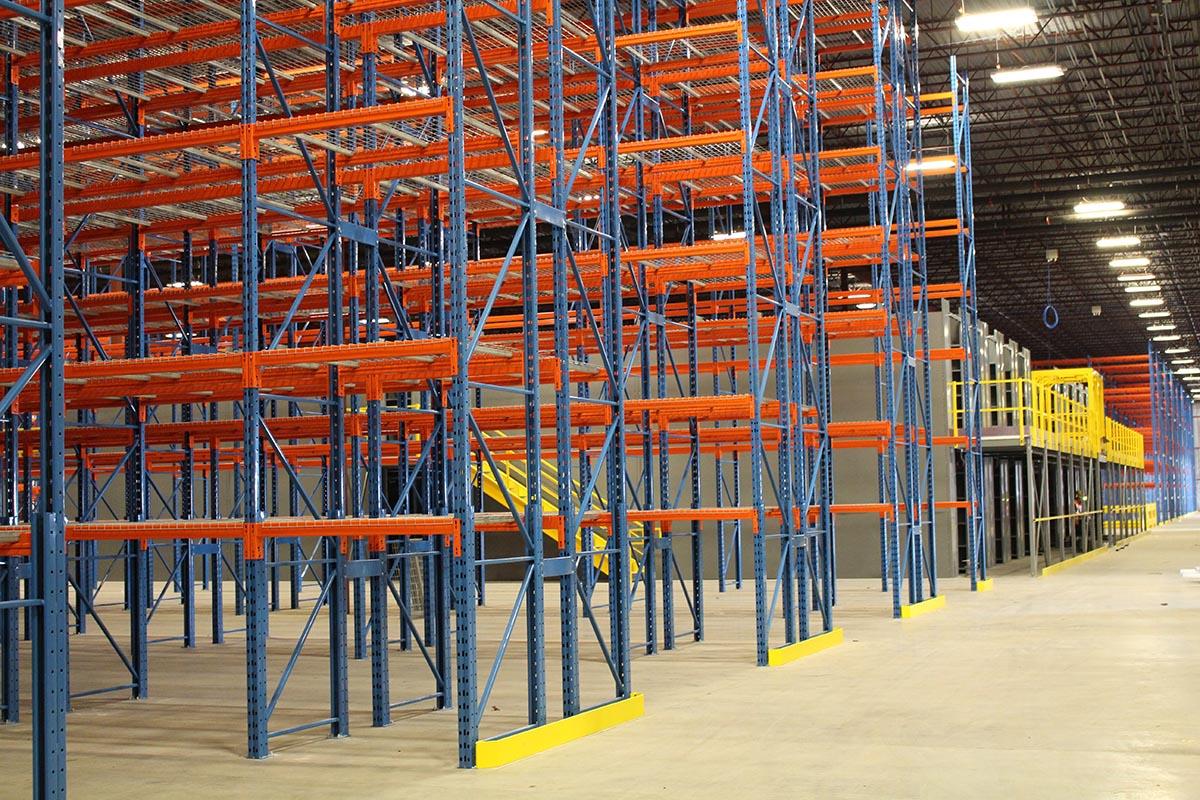 selective-rack-multi-level-shelving
